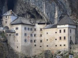 El Castillo de Predjama 266x200 - Turistična ponudba