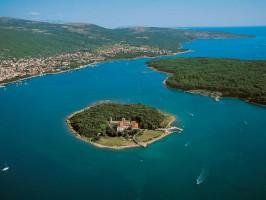 kroatien insel krk punat insel kosljun kloster 01 266x200 - Turistična ponudba