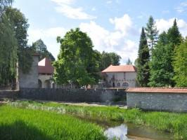 Ribnica grad1 266x200 - RIBNIŠKO-KOČEVSKO