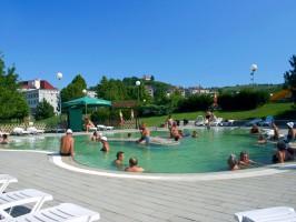 potepuh zdravilisca terme lendava hotel lipa bazen druzine 266x200 - Turistična ponudba