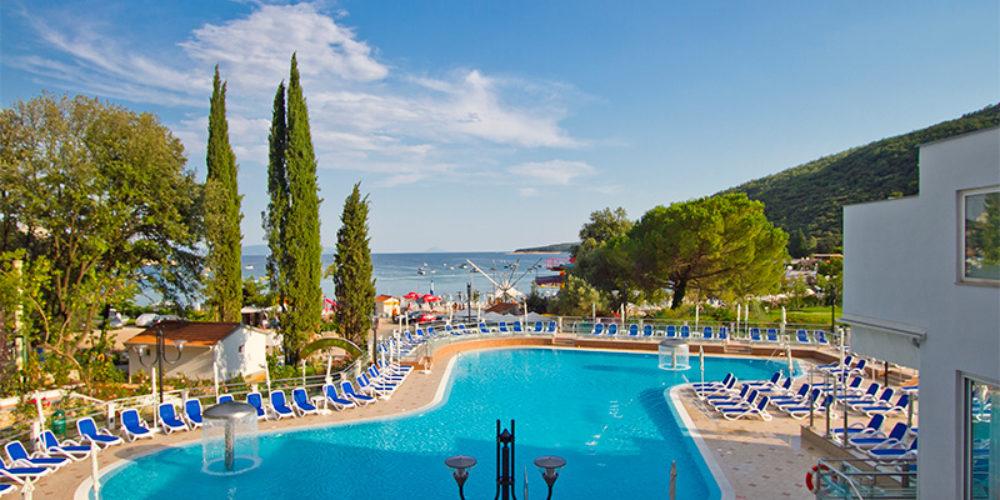 HOTELI HEDERA, NARCIS, MIMOSA – LIDO PALACE (Maslinica Resort)